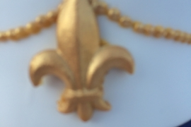 Hand Made Fleur de Lys Close up For Wedding Cake